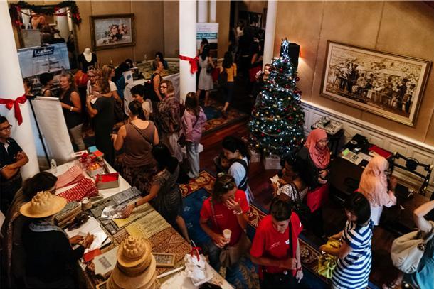 Le Marché de Noël 2014 - French Charity Christmas Bazaar