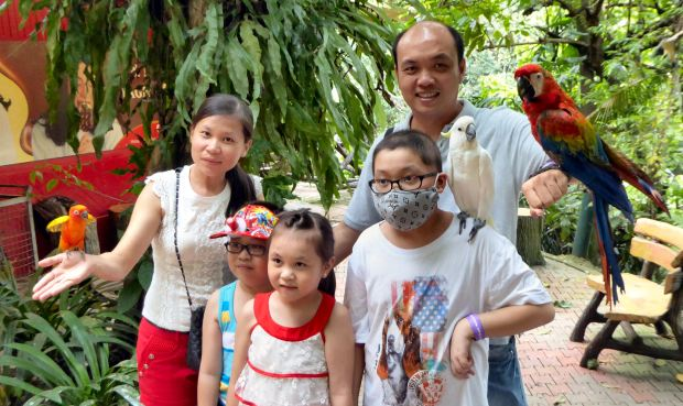 Zi Yuan and his family at the KL Bird Park